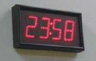 цифровые часы настенные ub440